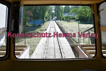 Turmbergbahn Karlsruhe - Talstation - Innenansicht des Wagens 2