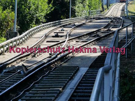Turmbergbahn Karlsruhe - Die Kreuzung auf der Strecke