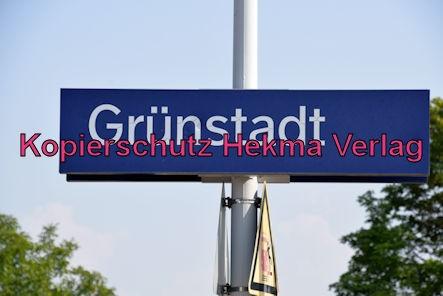 Grünstadt Eisenbahn - Grünstadt Bahnhof - Bahnhofsschild