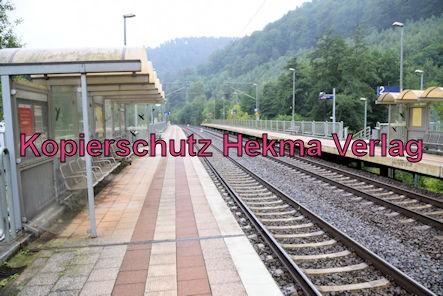 Neidenfels Pfalz Eisenbahn - Bahnhof Neidenfels - Bahnhofsschild