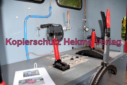 Stumpfwaldbahn Eiswoog Pfalz Eisenbahn - Bahnhof Eiswoog - Feldbahnlok - Innenansicht