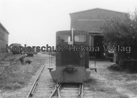 Langeoog Inselbahn - Diesellok und Wagenhalle