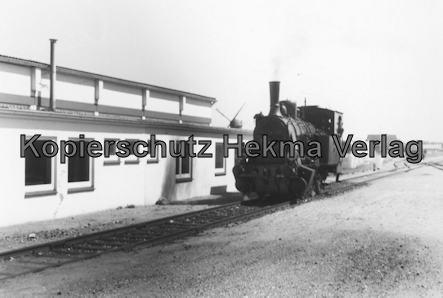 Schönberger Strand - Schönberg - Dampflok vor dem Bahnhof Schönberg