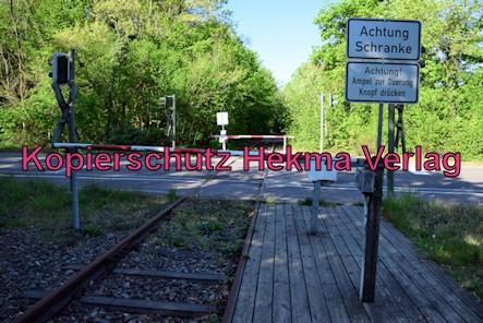 Landau-Germersheim - Untere Queichtalbahn - Bahnhof Hochstadt - Bahnübergang