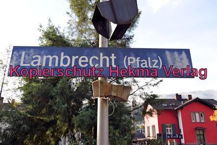 Kuckucksbähnel - Neustadt-Elmstein - Lambrecht Bahnhof - Bahnhofsschild
